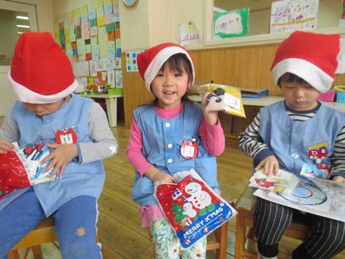 サンタさんが幼稚園にやってきた! 写真 その9